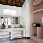 Dedari Villa bedroom furnishings