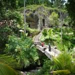 Gunung Kawi bridge